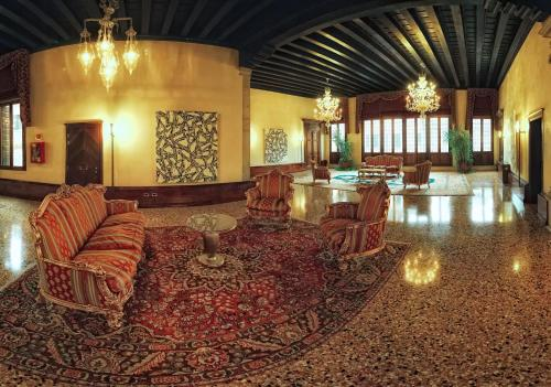 Hotel Liassidi Palace - Small Luxury Hotels of the World photo 8