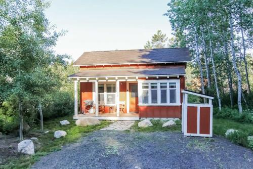 Willowview Bungalow - Two Bedroom Bungalow