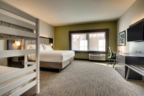 Holiday Inn Express & Suites Charleston NE Mt Pleasant US17 Photo