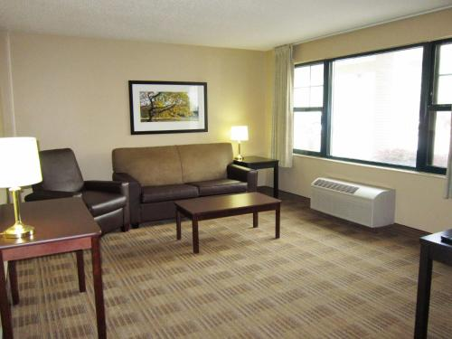 Extended Stay America - Elizabeth - Newark Airport Photo