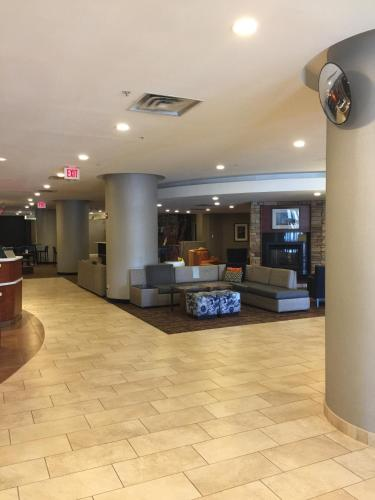 Courtyard by Marriott Alexandria Pentagon South Photo