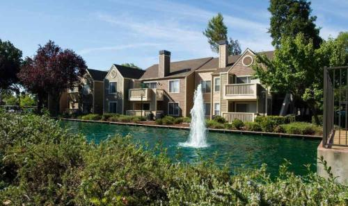 Global Luxury Suites in the heart of San Ramon - San Ramon, CA 94583
