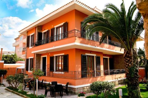 https://www.booking.com/hotel/it/villa-marogna.en.html?aid=1728672
