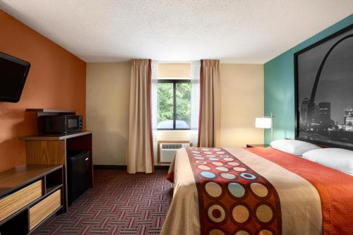 Super 8 Fairview Heights-St. Louis Photo