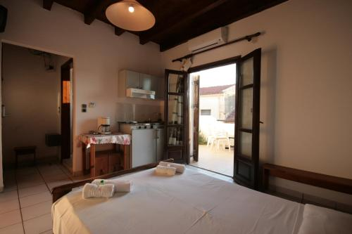 Hotel Chania Rooms
