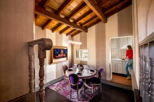 The Inn at the Spanish Steps-Small Luxury Hotels photo 130