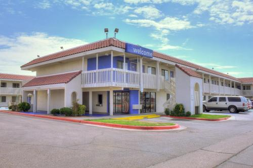 Motel 6 El Paso East Photo
