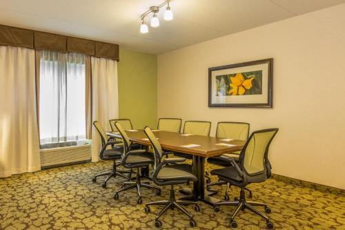Hilton Garden Inn Valley Forge/Oaks Photo