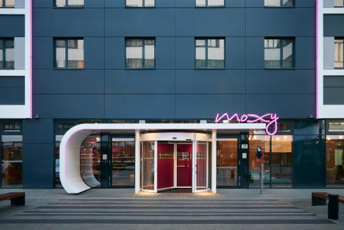 MOXY Munich Airport - 6 of 28