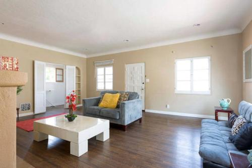 3 Bedroom Next to the Grove West Hollywood - Los Angeles, CA 90048