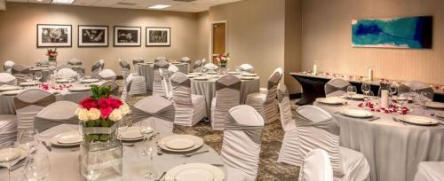 DoubleTree by Hilton Chicago/Schaumburg Photo