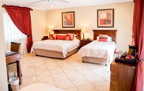 Isiphiwo Boutique Hotel Photo