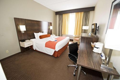 Best Western Airport Inn & Suites Photo
