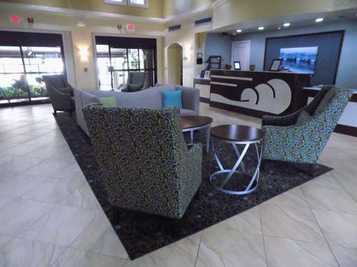 Best Western Plus Deerfield Beach Hotel & Suites Photo