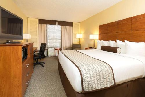 Best Western Orlando Gateway Hotel photo 13