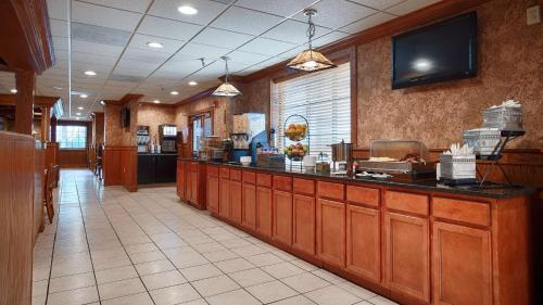 Best Western Sovereign Hotel - Albany Photo