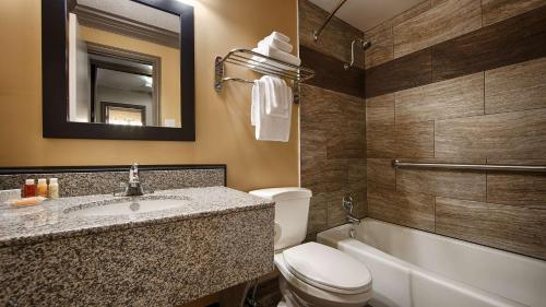 Best Western Plus Austin City photo 55