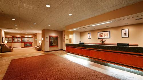 Best Western Plus Executive Inn photo 48