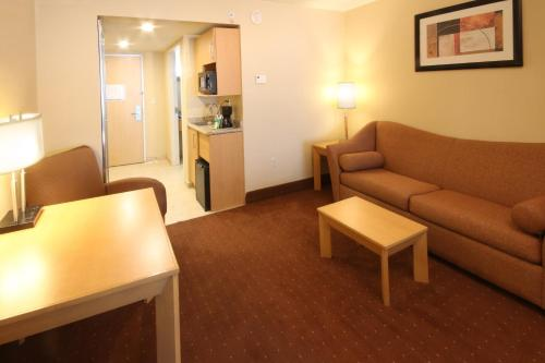 Holiday Inn Express Hotel & Suites CD. Juarez - Las Misiones Photo