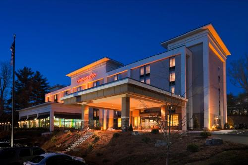 Hampton Inn Asheville-Tunnel Road Photo