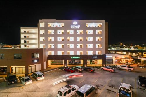 Medano Hotel and Suites Photo