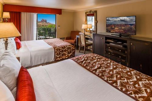 Best Western Plus Arroyo Roble Hotel & Creekside Villas Photo