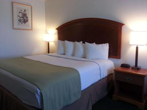 Best Western Liberty Inn - Delano, CA 93215
