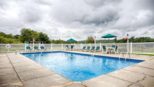Best Western Freeport Inn - Freeport, ME 04032