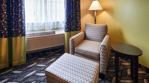 Best Western Mt. Vernon Inn Photo