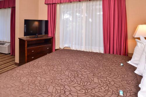 Best Western Wilsonville Inn & Suites Photo