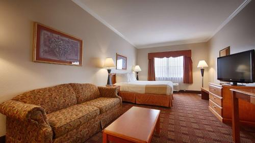 Best Western Clubhouse Inn & Suites Photo