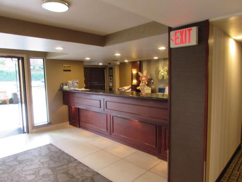 Best Western Alderwood - Lynnwood, WA 98036