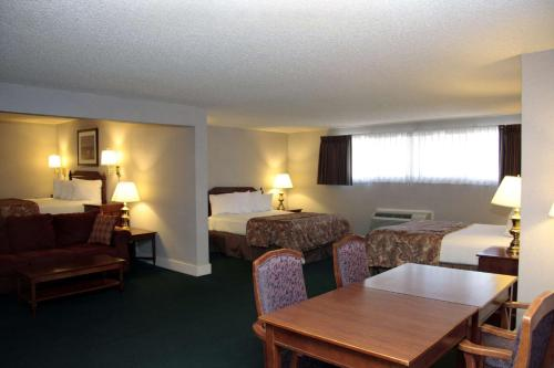 Best Western College Way Inn Photo