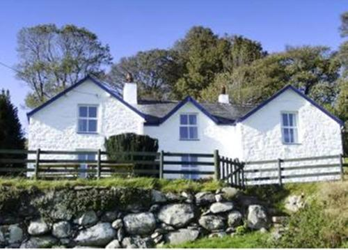 Photo of YHA Rowen Hotel Bed and Breakfast Accommodation in Conwy Conwy