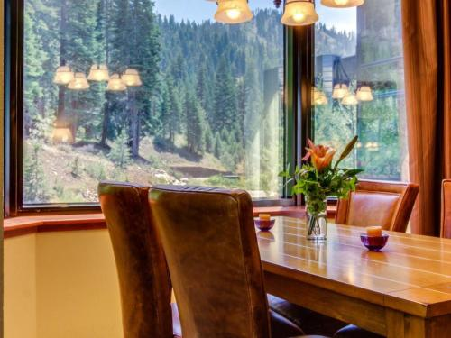 Resort at Squaw Creek 345 - Olympic Valley, CA 96146