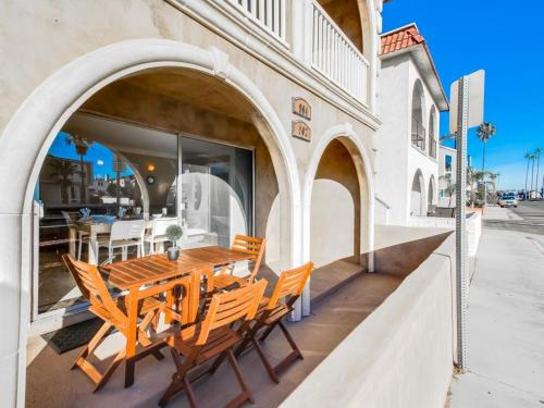 Balboa Peninsula Bliss - Newport Beach, CA 92661
