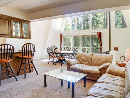 Chapel Lane with Gameroom - Tahoe City, CA 96145