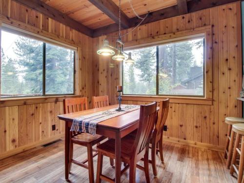 Muletail Lodge - Carnelian Bay, CA 96140