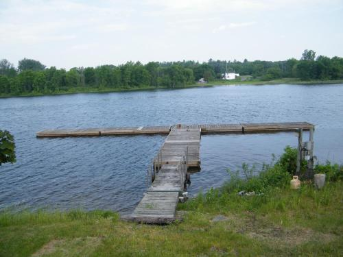 Campbellford River Inn Photo