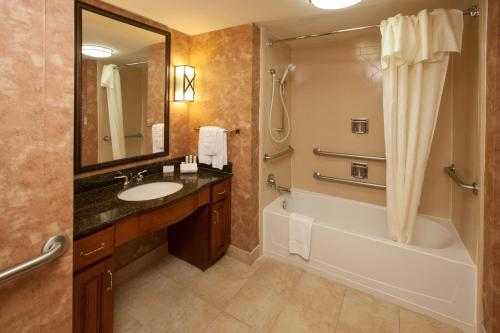 Homewood Suites by Hilton San Antonio North Photo