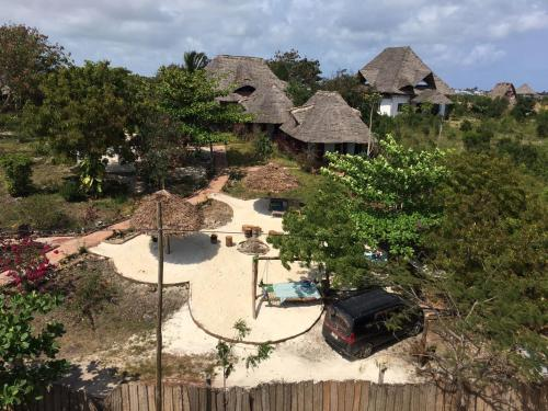 Mabwe Roots Bungalows, Nungwi