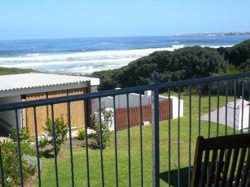 Hermanus Beach Villa Photo