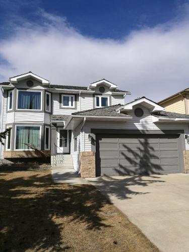 Harvest Hill Mountain View Home, Calgary