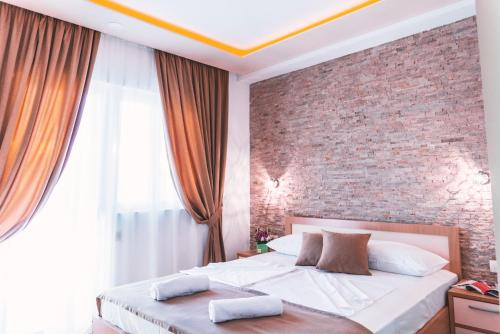 Guest House S-Lux, Петровац