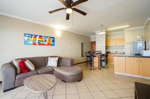 Beachfront Apartments @ Amanzimtoti Photo