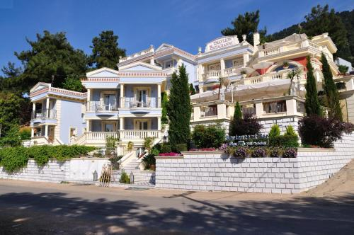 Enavlion Hotel - Chryssi Ammoudia Greece