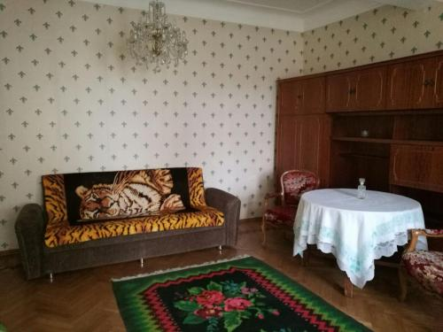 Three-bedroom Apartment, Baku