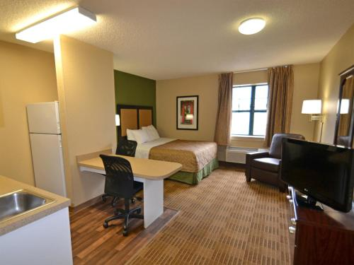 Extended Stay America - Toledo - Holland Photo