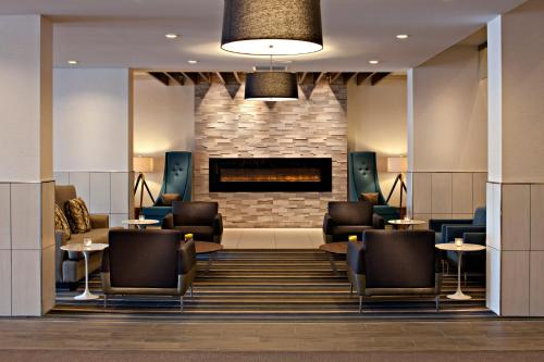 Delta Hotels by Marriott Winnipeg Photo
