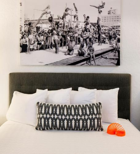 Inn at Venice Beach Photo